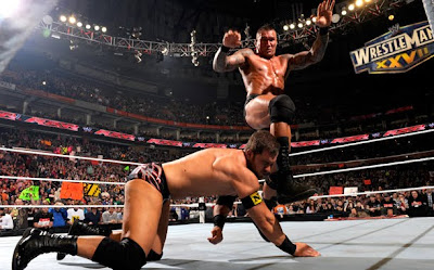 WCC: RING THE BELL! Orton-kick