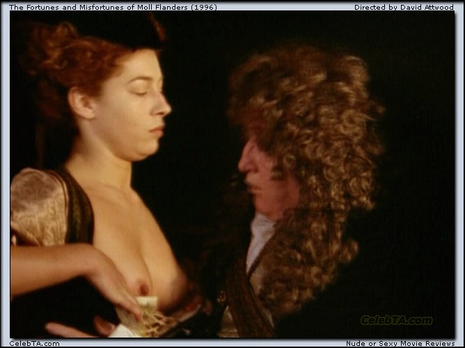 Alex kingston foto desnuda