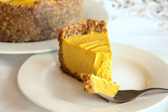 Tali's Tomatoes: Pumpkin 'Cheese' Cake