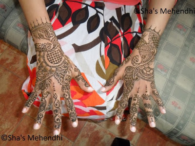 ... Pakistani Henna Mehndi Designs-Simple-Easy-Hands-Foot Mehndi Designs