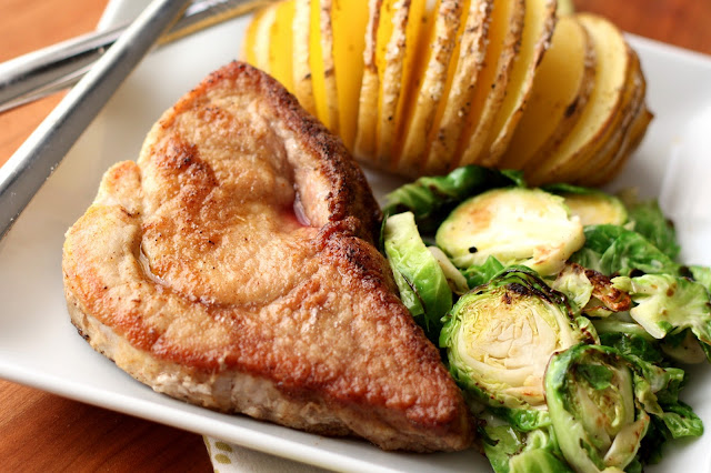 Simple Skillet Pork Chops recipe by Barefeet In The Kitchen