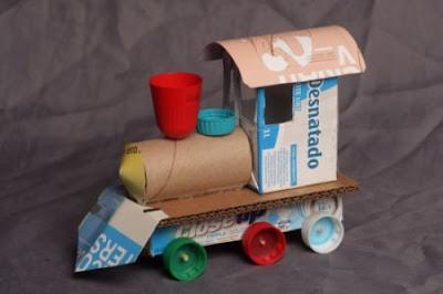Haz un trenecito de cartón con materiales reciclados :