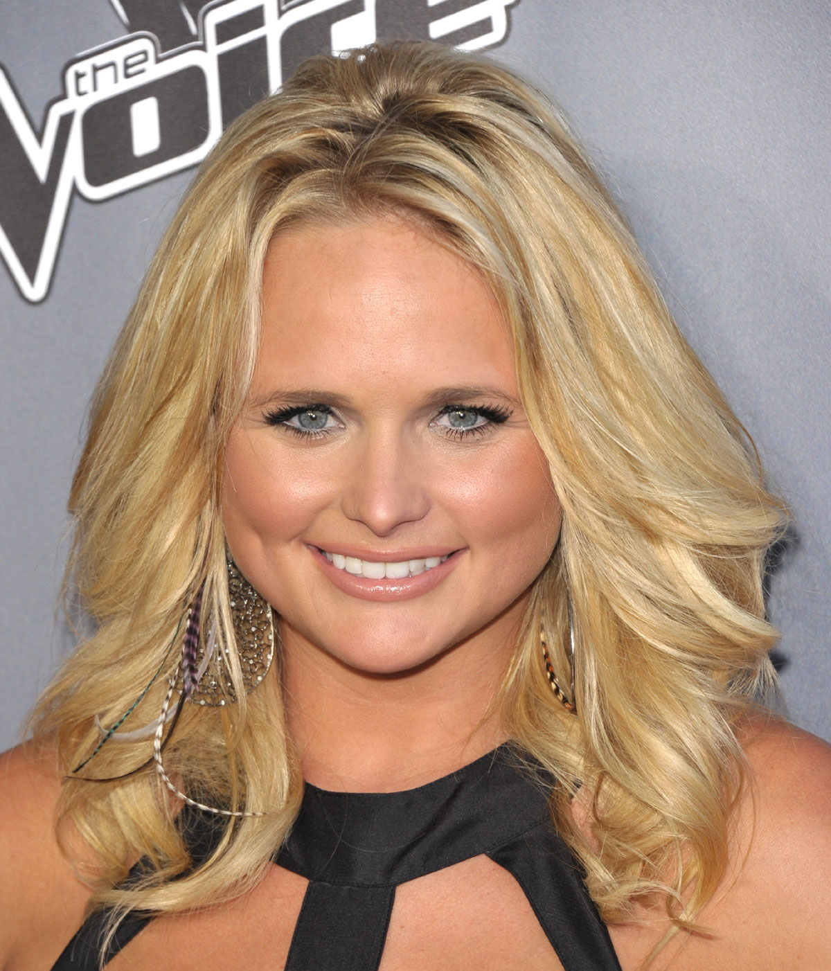mixed curly hairstyles : Miranda Lambert