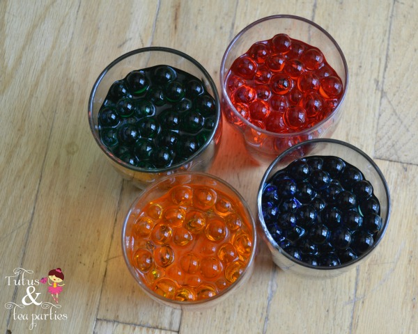 How to dye water beads for sensory play