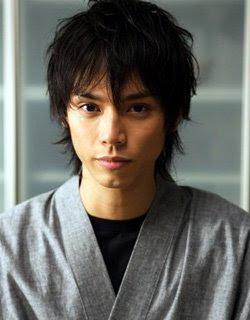 Hiro Mizushima Sebagai  Ryoji Suzuki