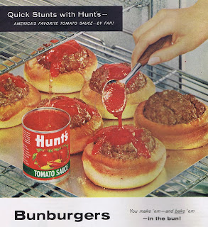 Bunburgers recipe from a 1960 Ladies' Home Journal featuring Hunt's Tomato Sauce.
