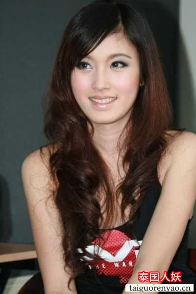 Cewek Cantik: NONG PHOY Transgender Tercantik: caempisan.blogspot.com/2011/09/seperti-kita-ketahui-thailand...