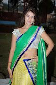 Yamini bhaskar glamorous photos-thumbnail-20