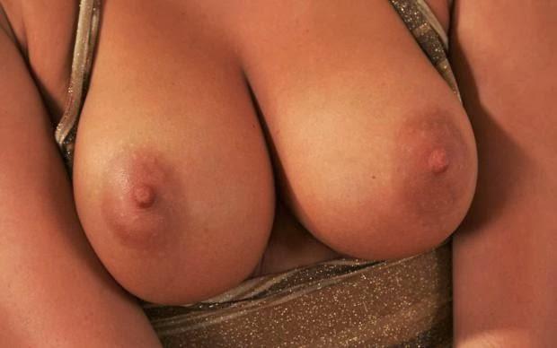 фото голая большая женская грудь