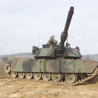 Koleksi Foto Tank Militer