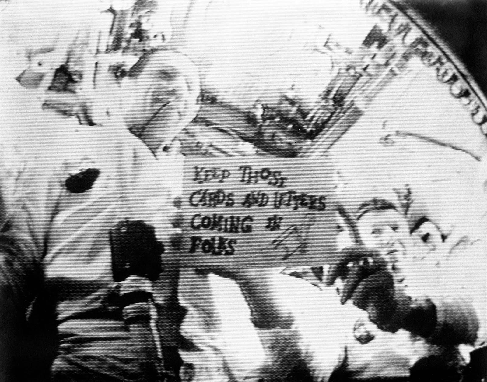 Apolo 7 astronautas en retransmisión de televisión