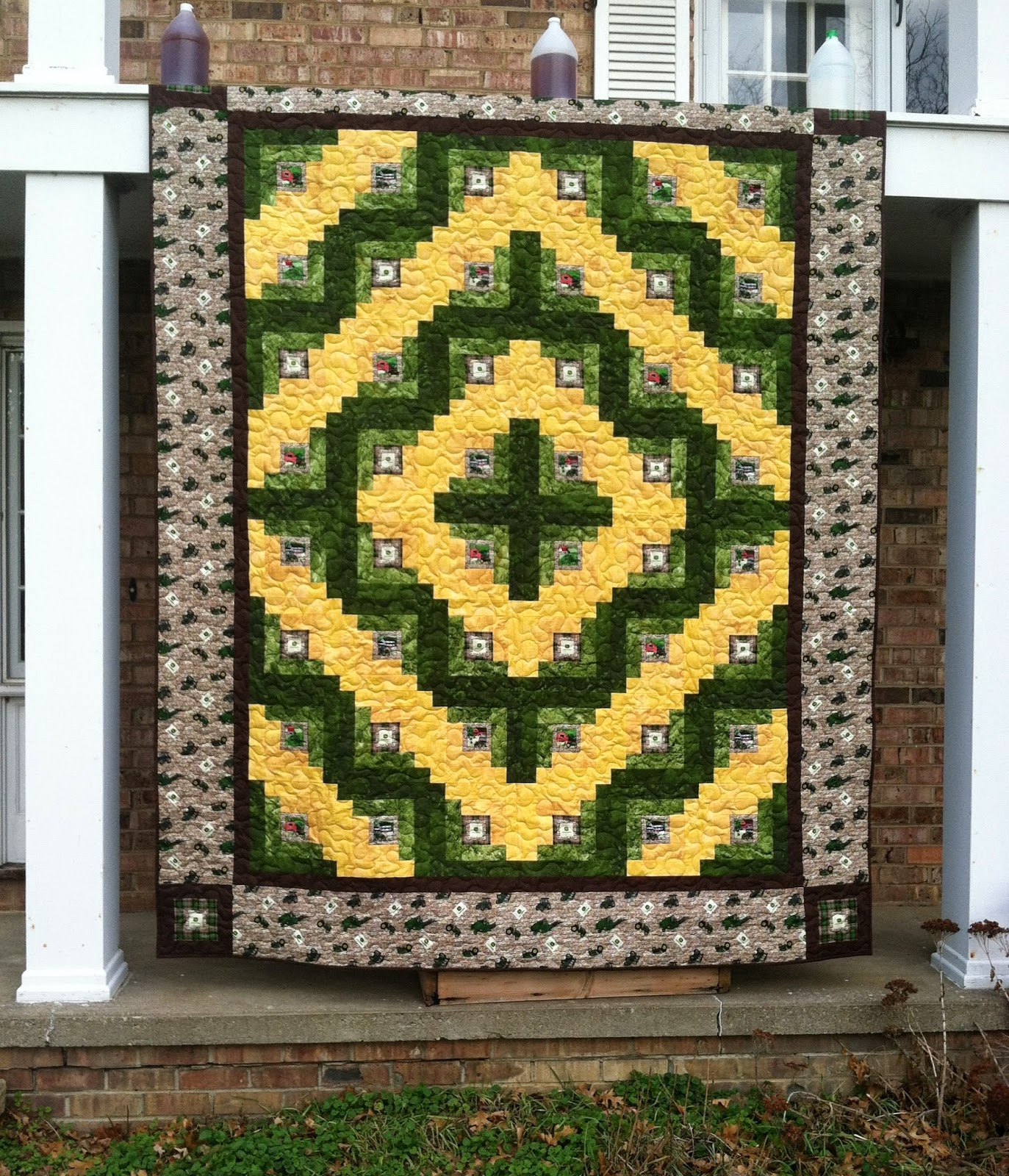 Everyone Deserves a Quilt: Design Wall Monday and More!