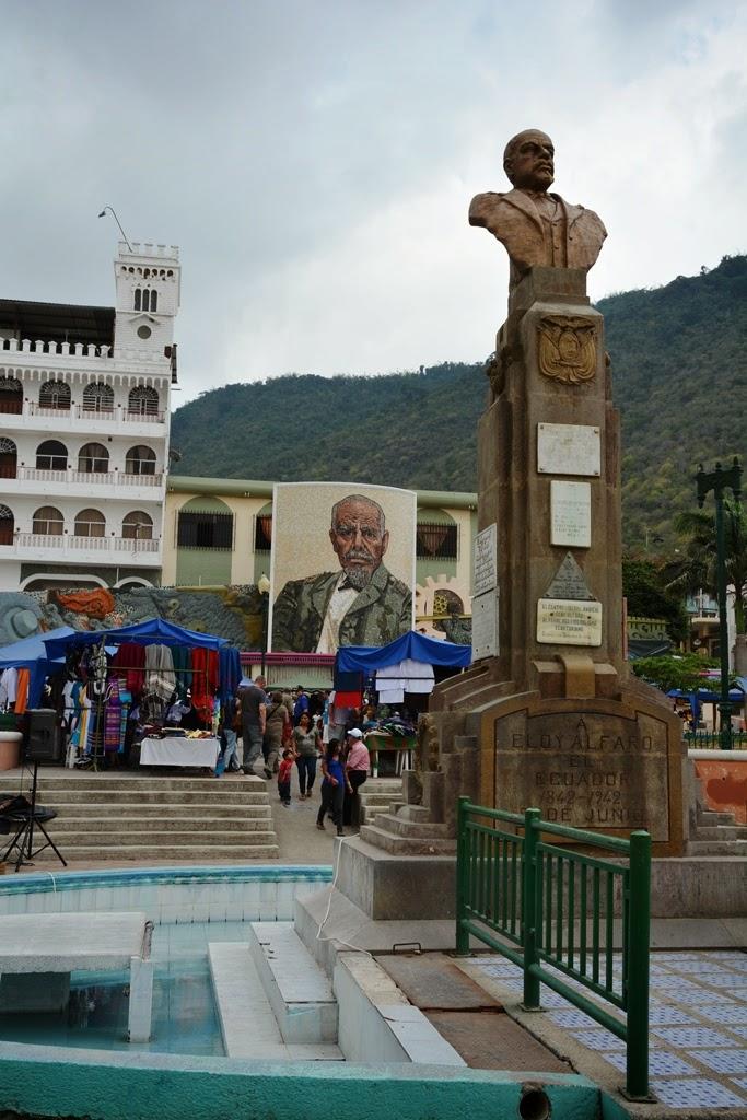 Montecristi Main Square