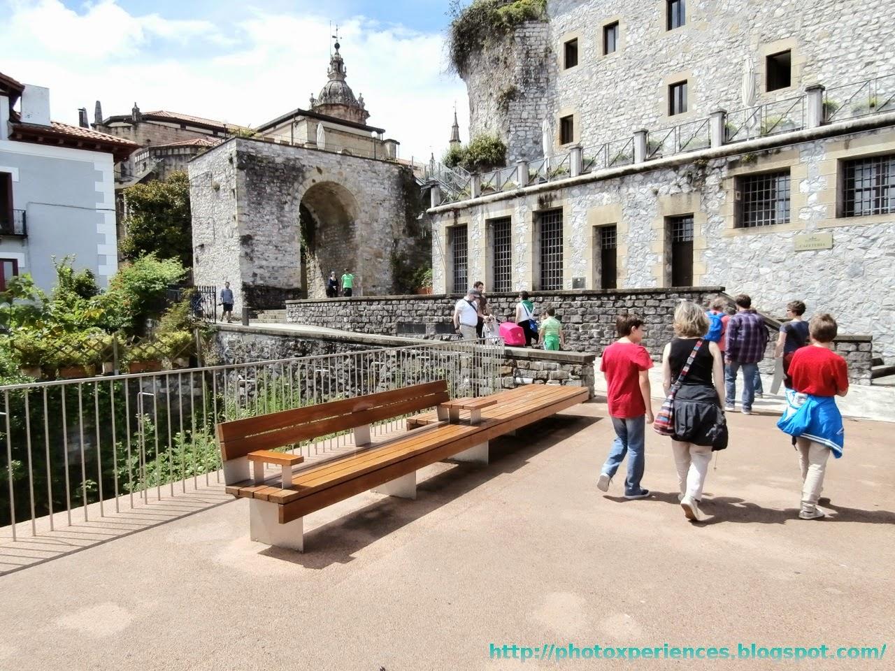 Puerta de la muralla de Hondarribia - Fuenterrabía