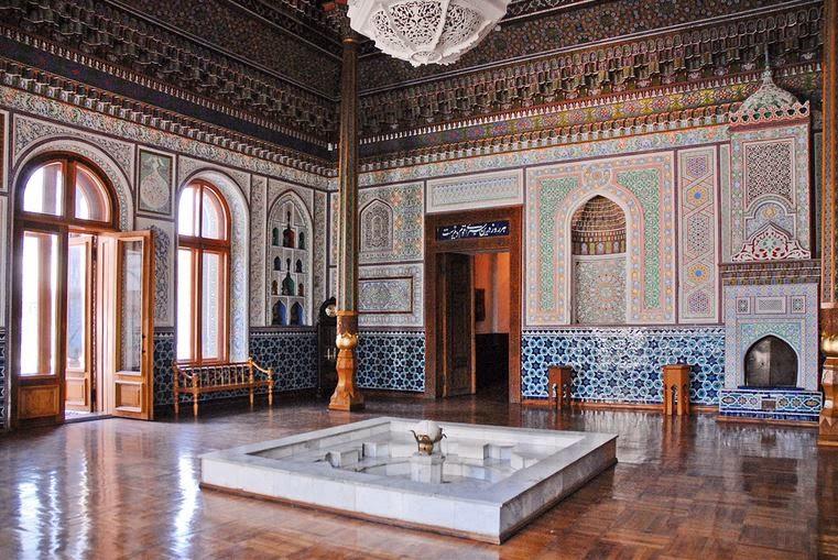 Tourisme en ouzb kistan mus e des arts d coratifs tachkent - Le musee des arts decoratifs ...