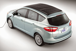 Ford C-MAX Solar Energi Concept is powered by a roof panel
