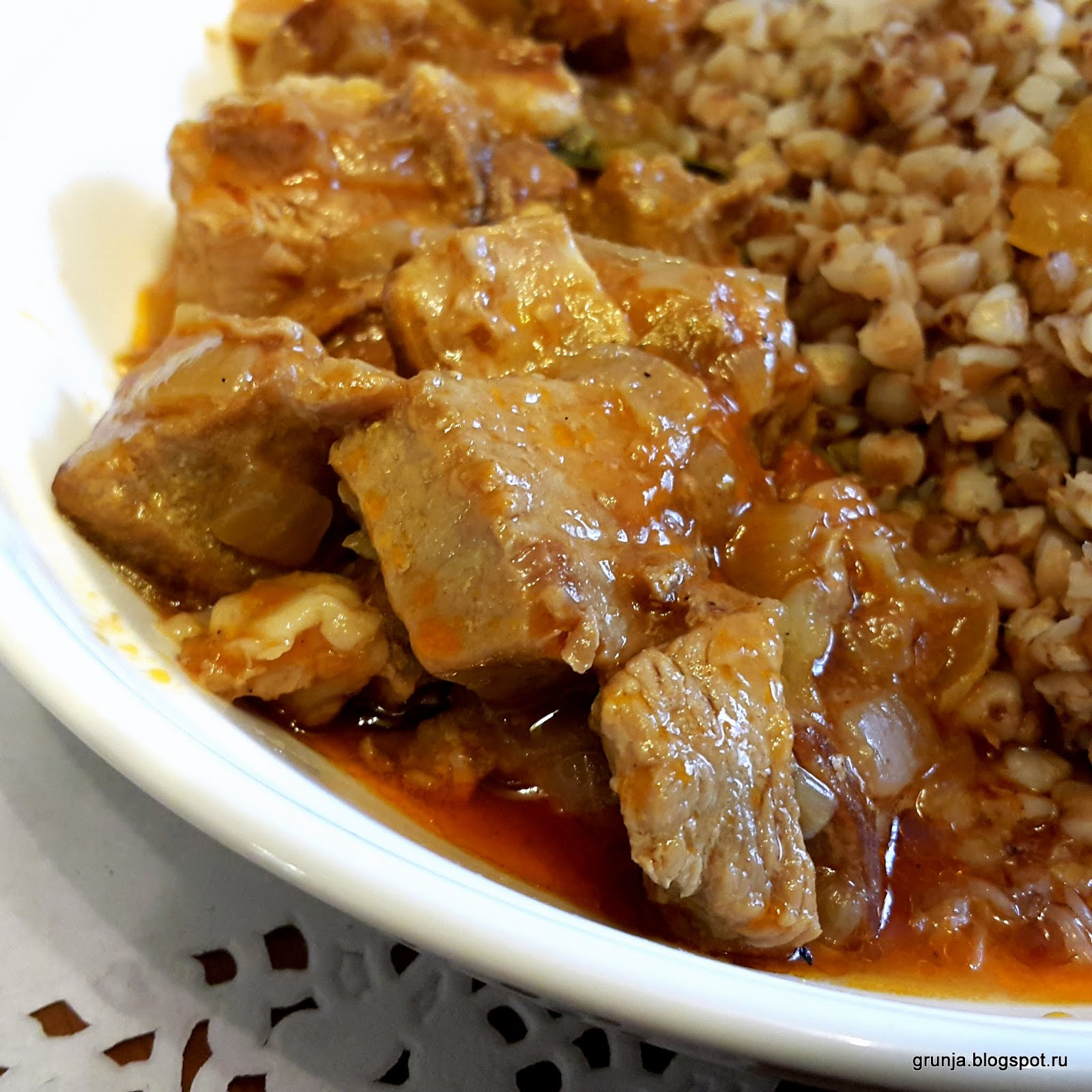 Рецепт гуляша из свинины с подливкой пошагово без томатной