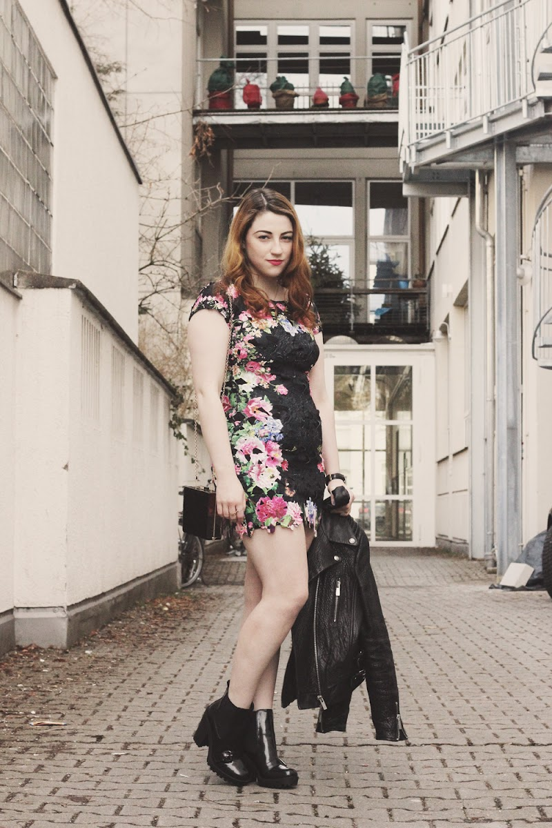 missguided floral bodycon dress