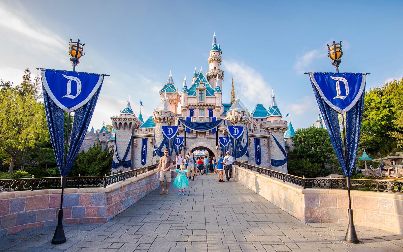 Disney Photoblography: The Bedazzled Castle, Part 2