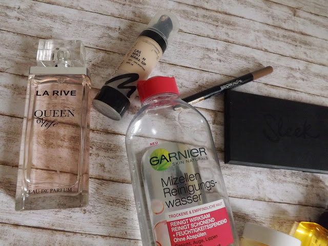La Rive Queen of Life, Garnier Mizellenreinigungswasser, Manhattan Easy Match Makeup, Maybellin Browsatin, Sleek Au natural