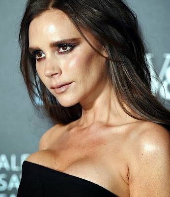 Victoria Beckham make up funny