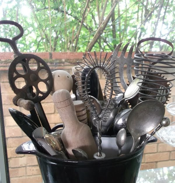 Lella Loves...: Vintage Kitchen Equipment (Hand Tools