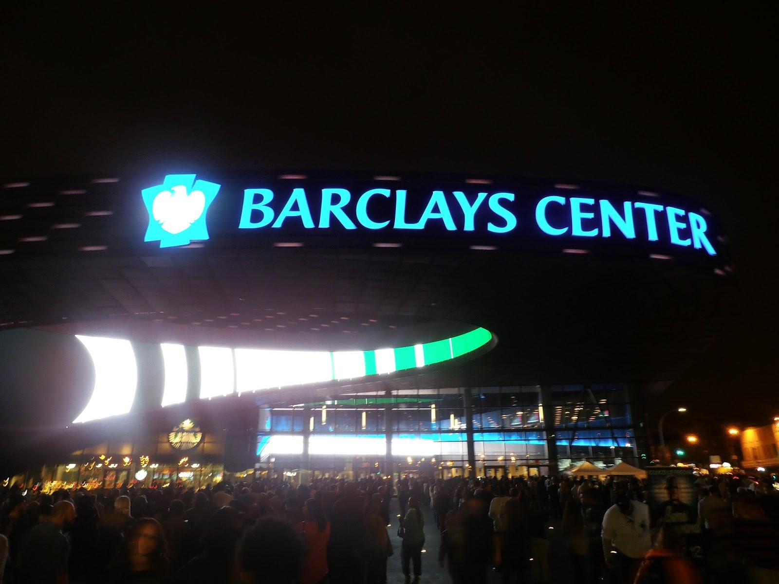 http://4.bp.blogspot.com/-g5kShX5K9cs/UTivfTU95UI/AAAAAAAABDg/veqeNQuIX9M/s1600/BarclaysCenter.jpg