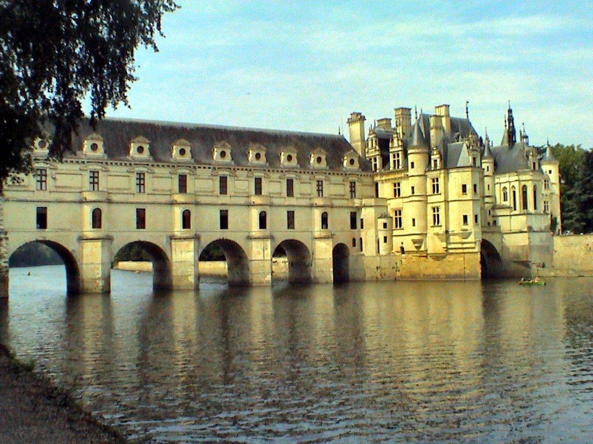 Tengase presente los hermosos castillos del loira francia for Arquitectura 7 bellas artes