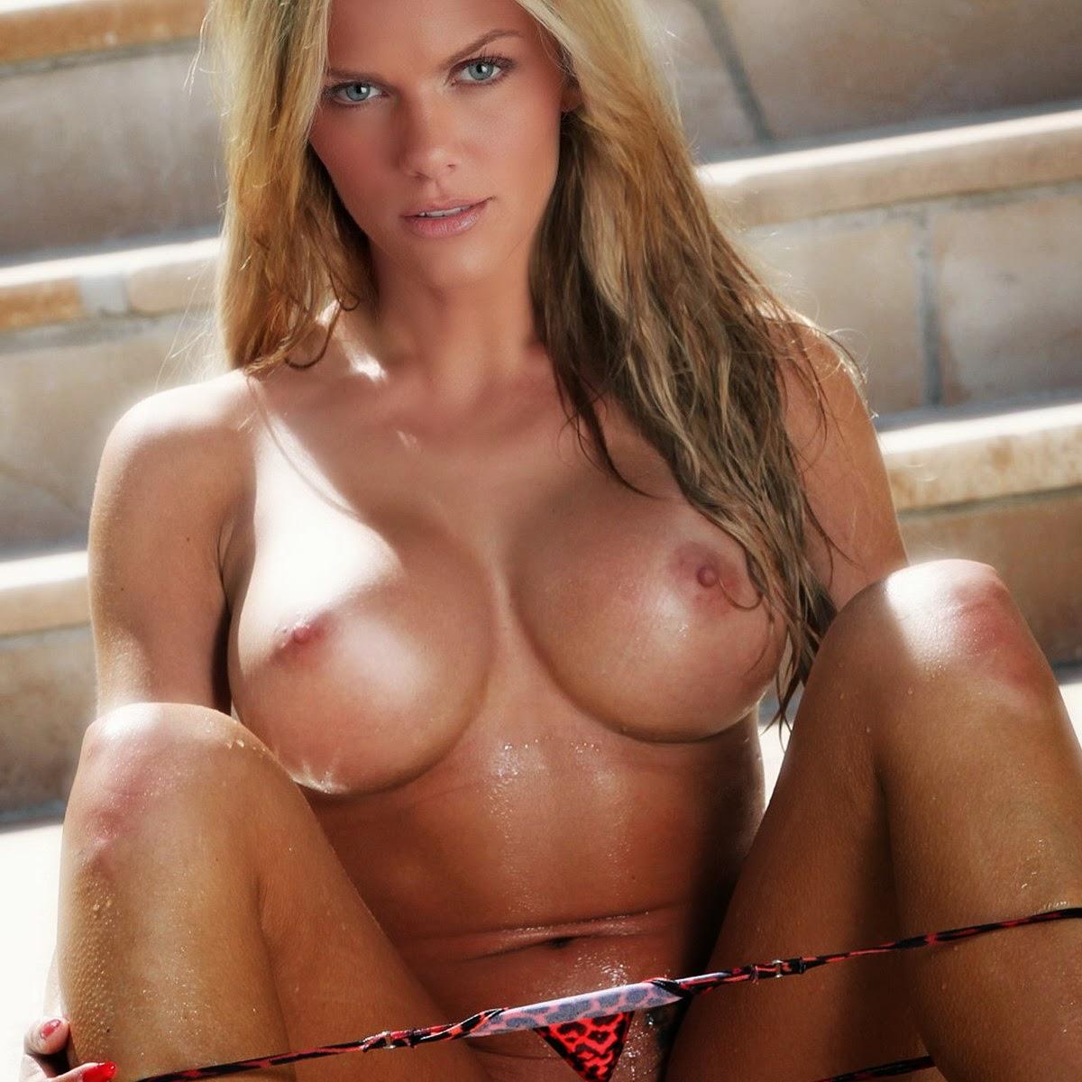 Pixie busty brooklyn decker nude