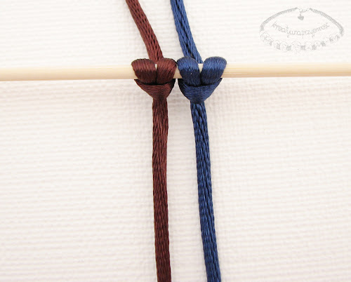 Słupek z węzłów łańcuszkowych - 1