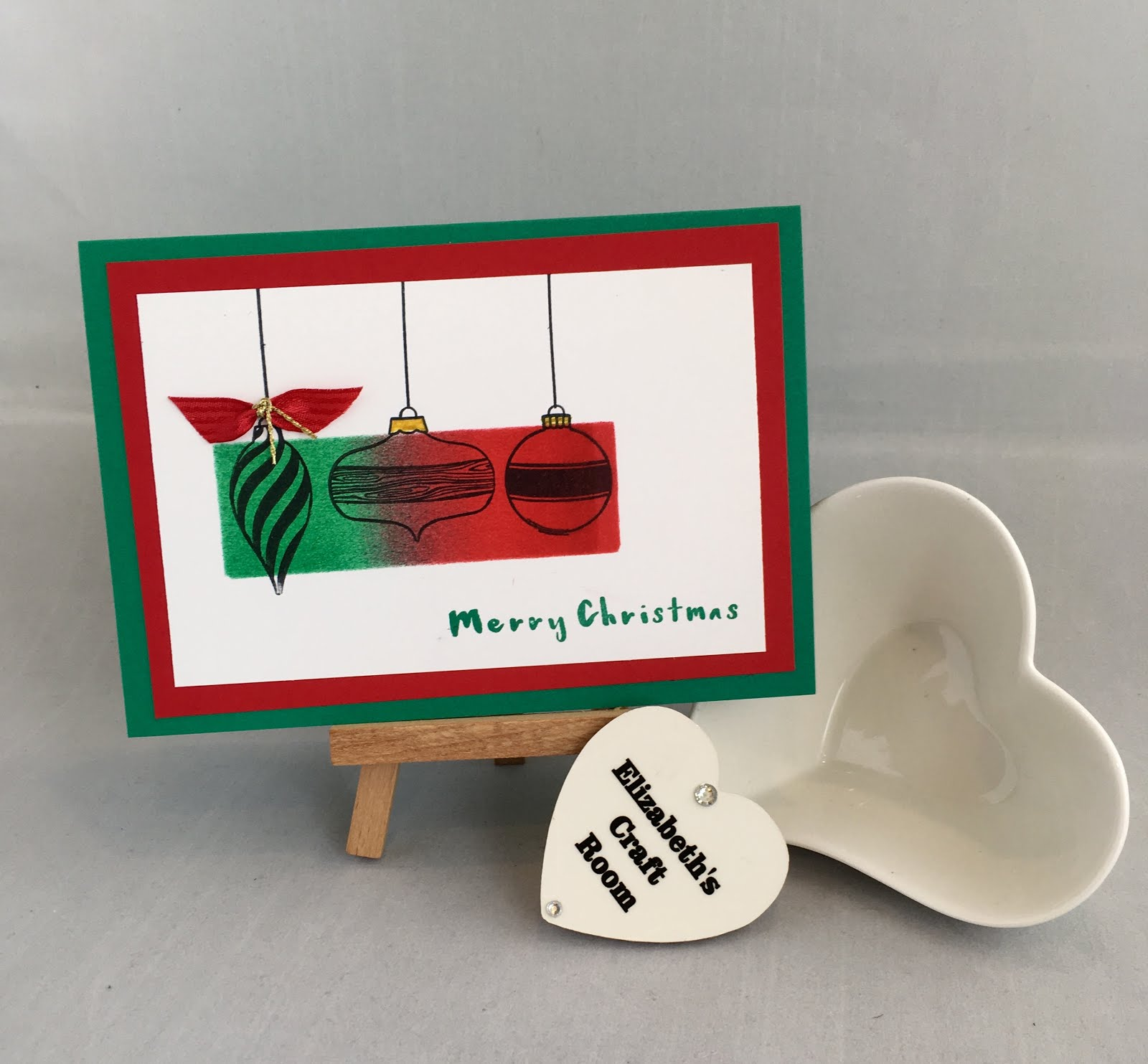 Elizabeth 39 s craft room video brayered christmas card for Stampin pretty craft room
