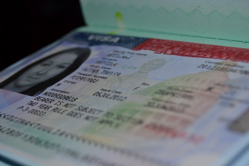 I will go to usa!: Visa and suitcase