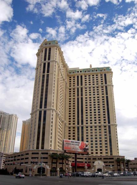 Timeshare Travel Marriott S Grand Chateau In Las Vegas Celebrates Major Development Milestone