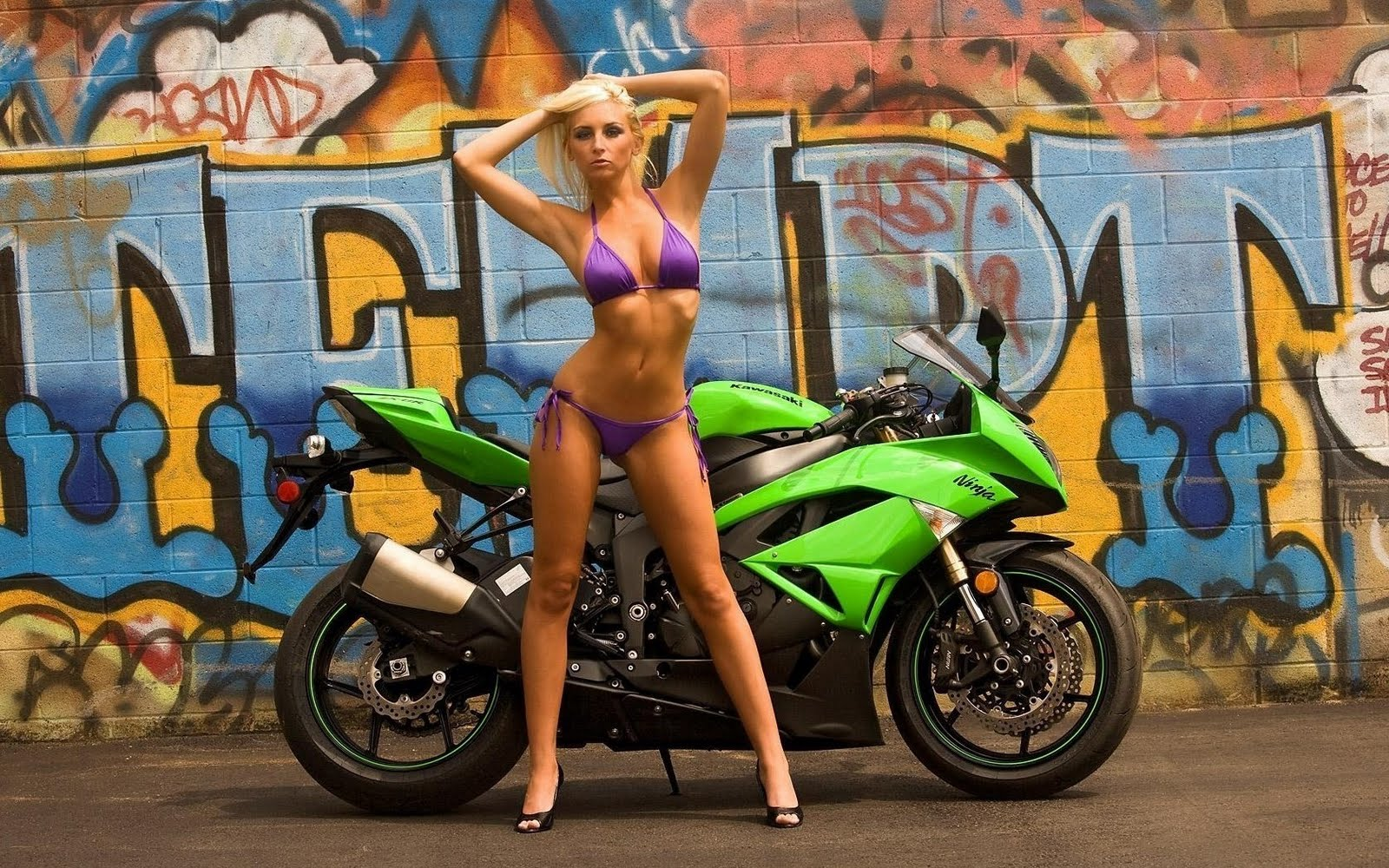 Hot Girls On Bike Wallpaper Pack 3  Cute Celebrity