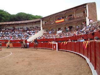 Vista parcial de los tendidos de la Plaza de toros