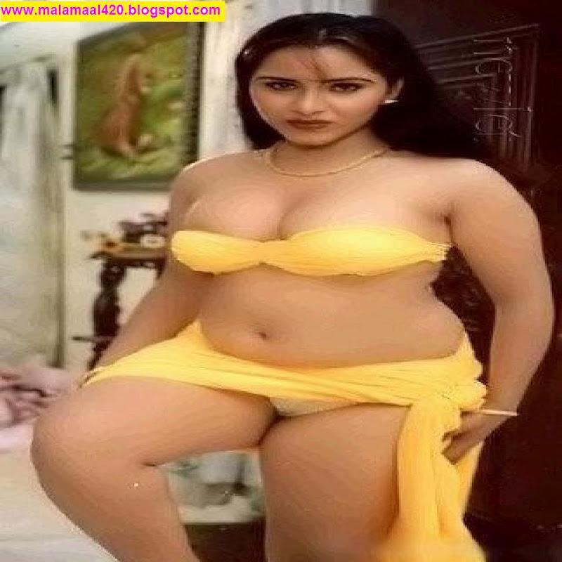 Reshma Mallu Hot Bhabhi