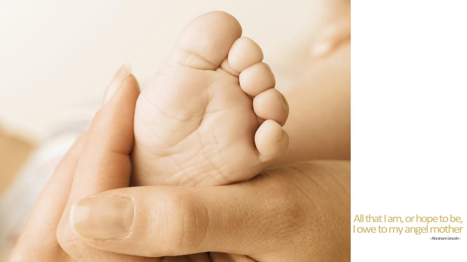 http://4.bp.blogspot.com/-g8OGIie1CVk/T5i4IxkxyhI/AAAAAAAADY8/Nzng__7QSr8/s1600/Mothers-Day-Quote-Wallpaper.jpg