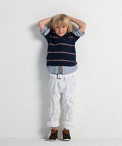 Tommy Hilfiger Kindermode mit einem klassisch oder modern