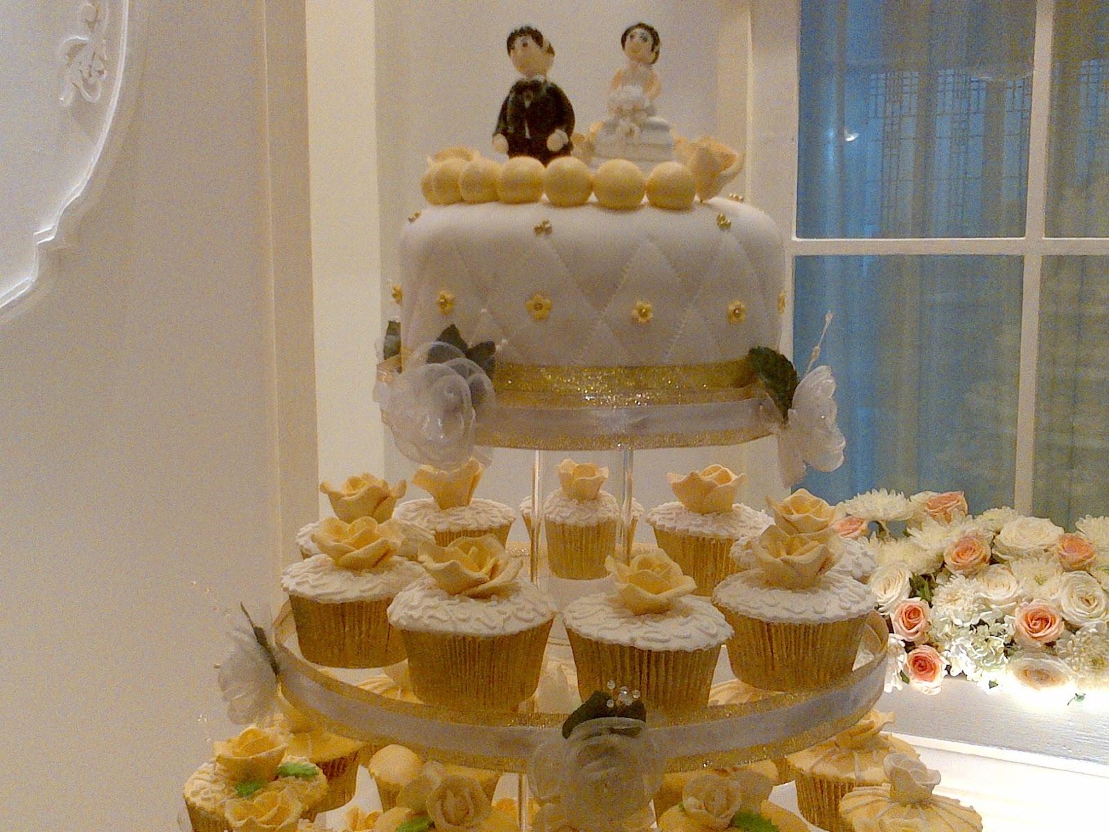 Cupcakes By Chocoholic White Gold Wedding Cake At Dharmawangsa Hotel Jakarta Selatan