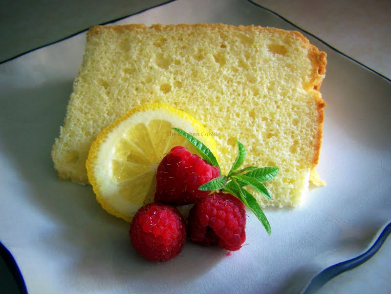 TheKitchenCookie: Lemon Chiffon Cake