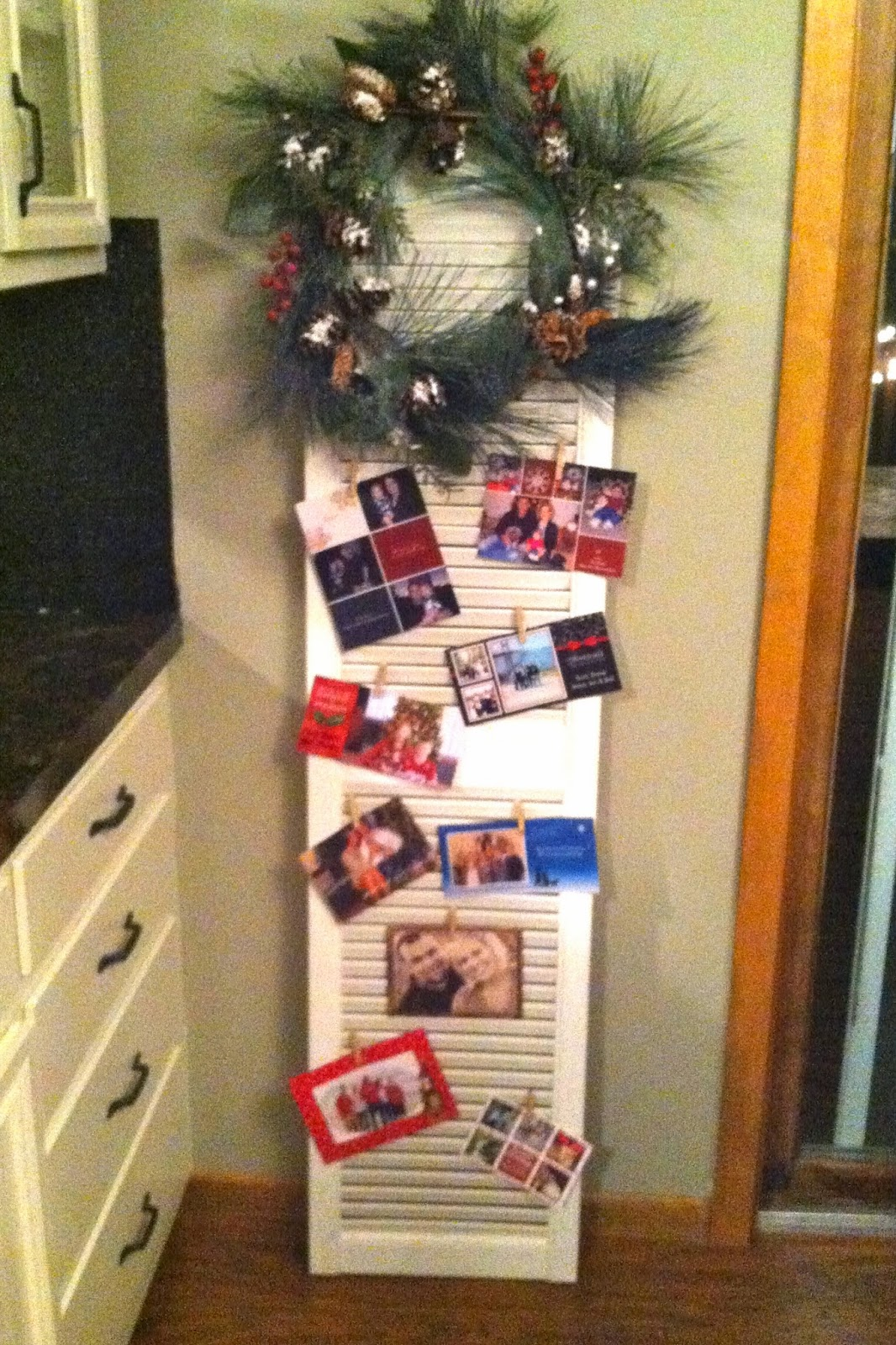 DIY Why Spend More: Displaying Christmas cards