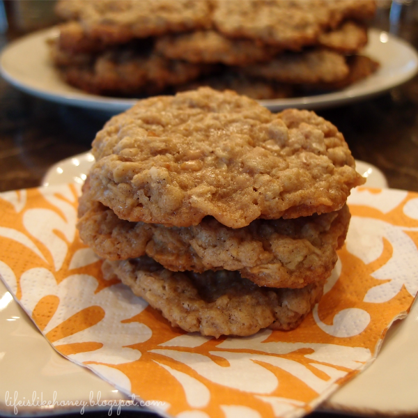 Life is Like Honey: Oatmeal Toffee Cookies