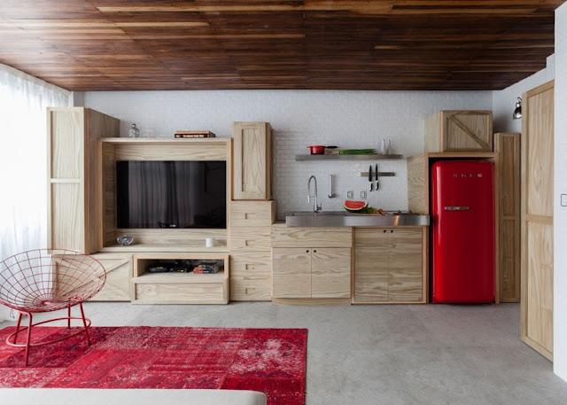 Micro apartamento con originales muebles a medida|Espacios en madera