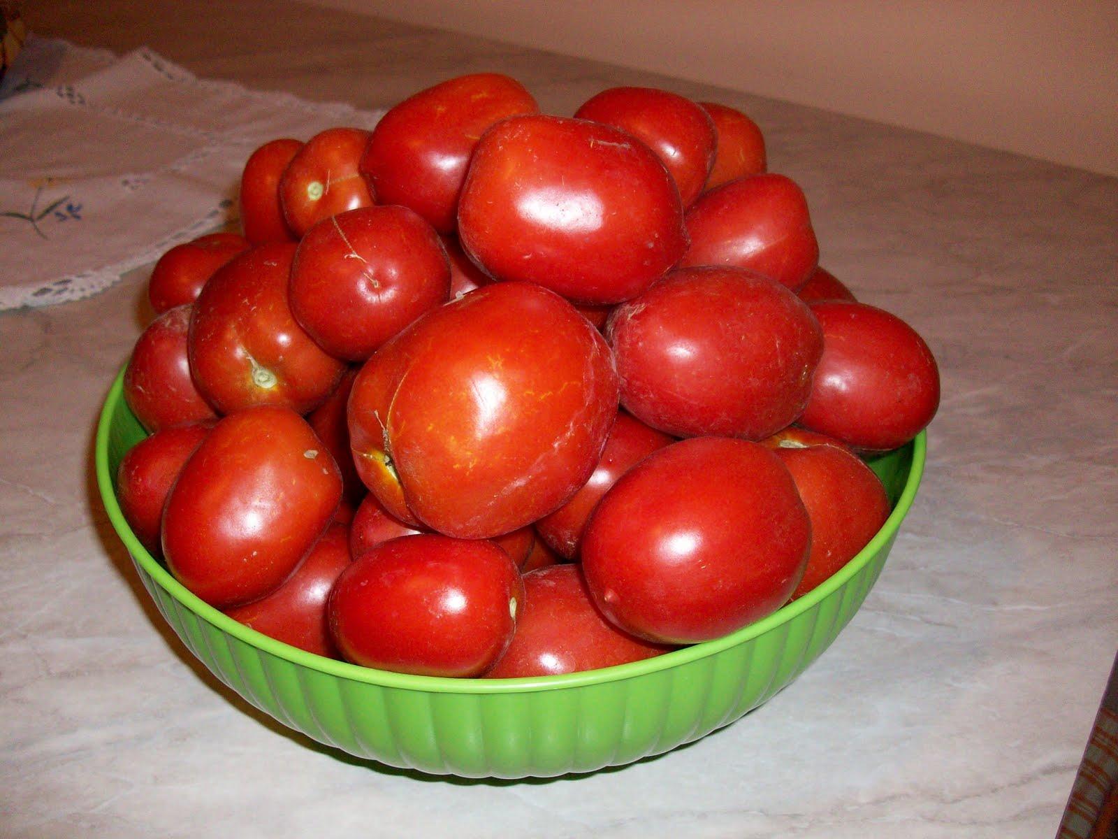 La mia conserva di pomodoro da le ricette di zia patty su for Concime per pomodori