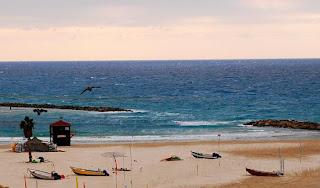 Пляж в Натании