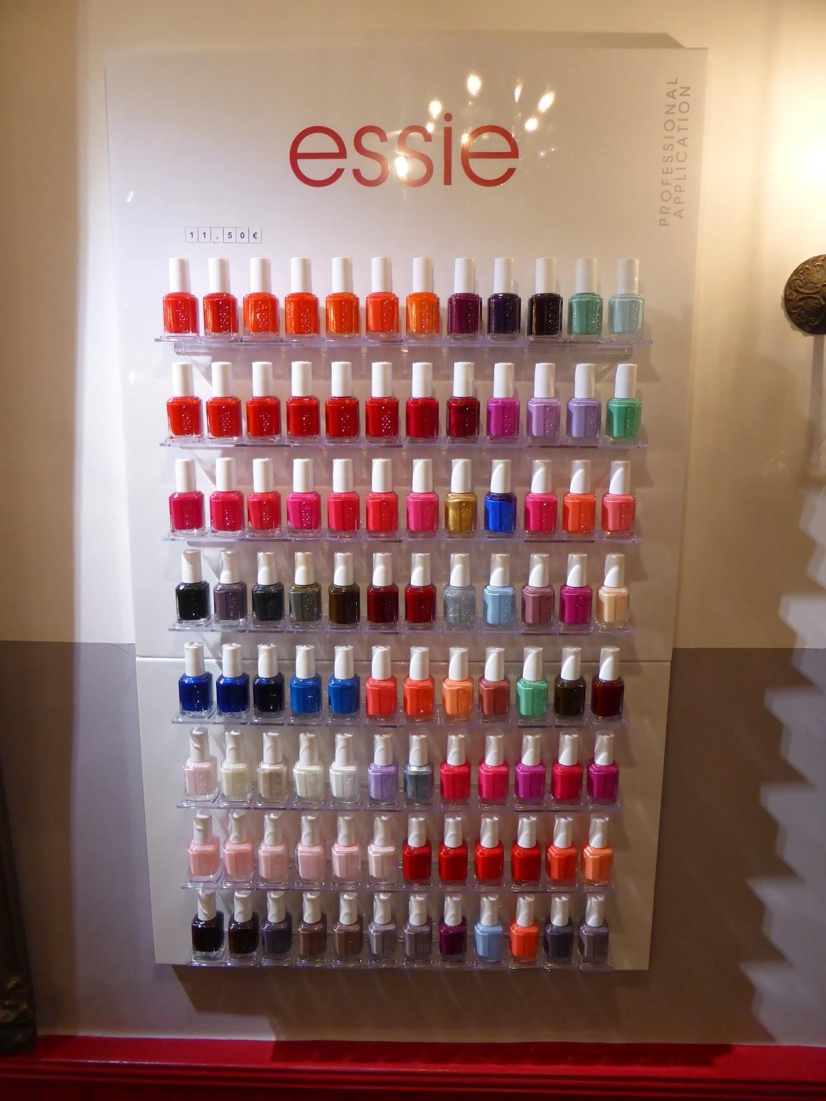 88 nuances de couleurs des vernis Essie proposées au Studio 54.