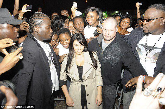 Kim K en Côte d'Ivoire