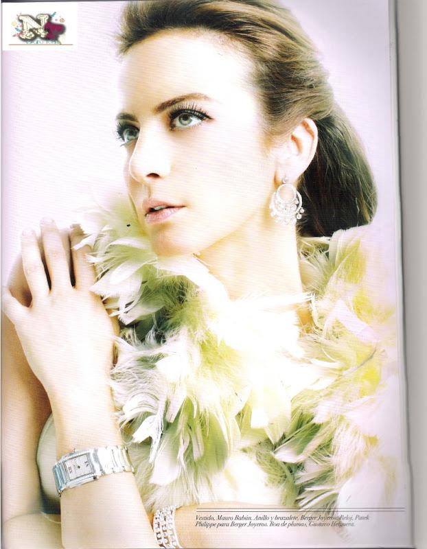 http://4.bp.blogspot.com/-g9vRPl3sP68/UGTuBMTDKHI/AAAAAAAAIoU/qY06aADg0AY/s800/silvia_navarro_glow_03.jpg