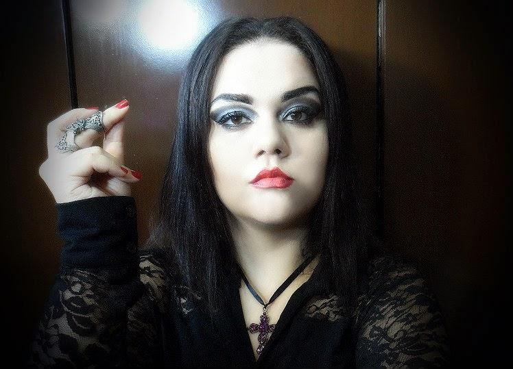 Maquiagem Mortícia Addams