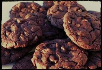 Cara Membuat Kue Coklat Cookies Yang Manis Dan Gurih